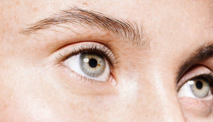 the-easy-concealer-trick-that-makes-your-eyes-appear-instantly-larger