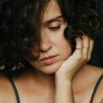I'm A Psychotherapist & Here Are 12 Tools I Use To Heal From Heartbreak