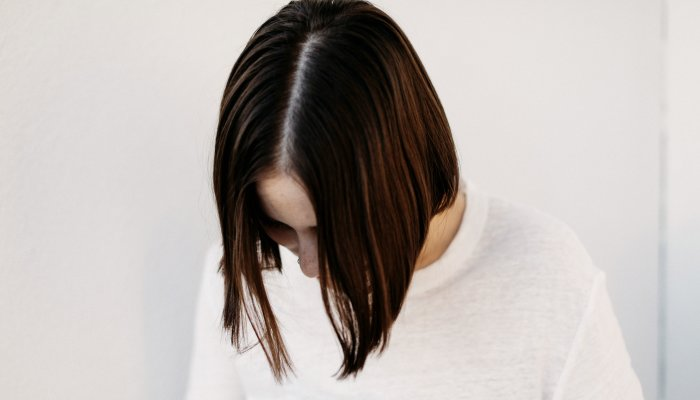 no-flat-roots-here:-the-best-natural-&-clean-dry-shampoos-for-all-hair-types