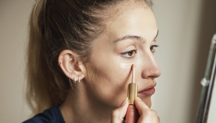 """this-""""6-point""""-concealer-trick-can-lift-&-sculpt-your-face-in-seconds"""