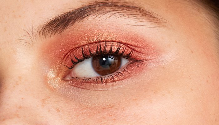 how-to-nail-minimalist-makeup:-6-nonnegotiable-tips,-from-experts