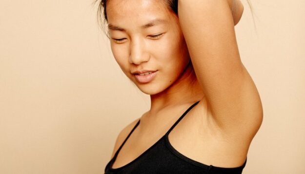 this-common-skin-care-ingredient-can-actually-get-rid-of-bo.-(you're-welcome!)