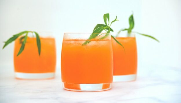 these-rds-mixed-up-some-inflammation-fighting-mocktails-for-the-long-weekend