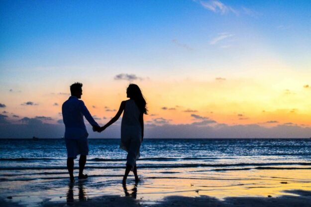 finding-the-one:-16-simple-steps-to-attracting-him