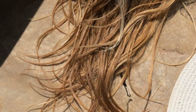 3-very-surprising-frizz-controlling-products-you-probably-already-own