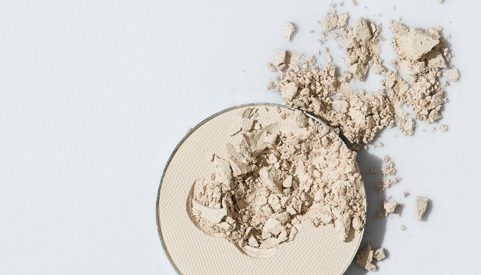 want-to-become-a-makeup-expert?-you-need-to-know-how-to-use-this-product