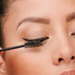 Try This Foolproof Trick To Remove Waterproof Mascara *Without* Losing Lashes