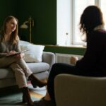 Looking For A New Therapist? 3 Expert Tips For Finding The Right Fit