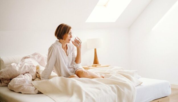 this-subtle-sleep-shift-may-lower-the-risk-of-depression,-study-finds