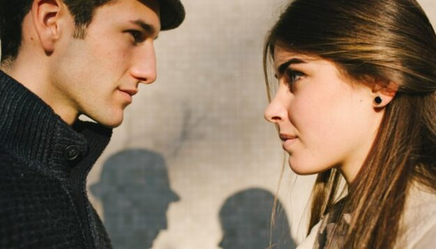 a-couples'-therapist's-simple-trick-for-getting-through-arguments-more-easily