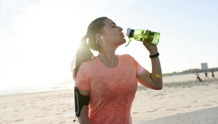 mood-making:-how-drinking-more-water-can-benefit-your-emotions