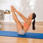 Want To Strengthen Your Upper & Lower Abs In One Go? Try This Energizing Move
