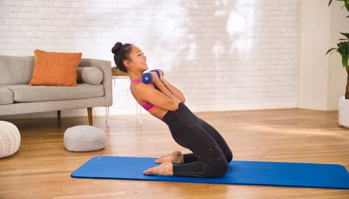 get-a-full-body-strength-workout-in-just-4-quick-rounds-with-this-routine