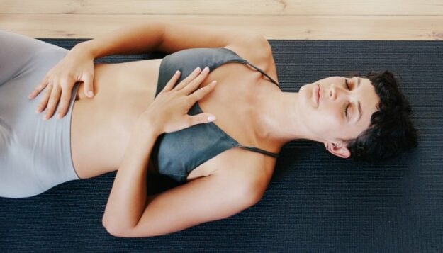 this-5-minute-breath-practice-might-lower-blood-pressure-as-much-as-exercise