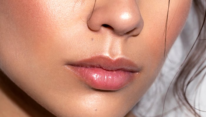 the-unlikely-product-to-keep-your-lips-plump-all-day-(nope,-not-lip-balm)