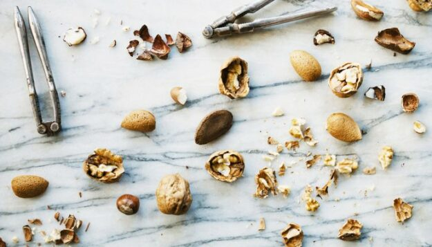 two-neurologists-agree:-this-is-the-best-brain-healthy-snack