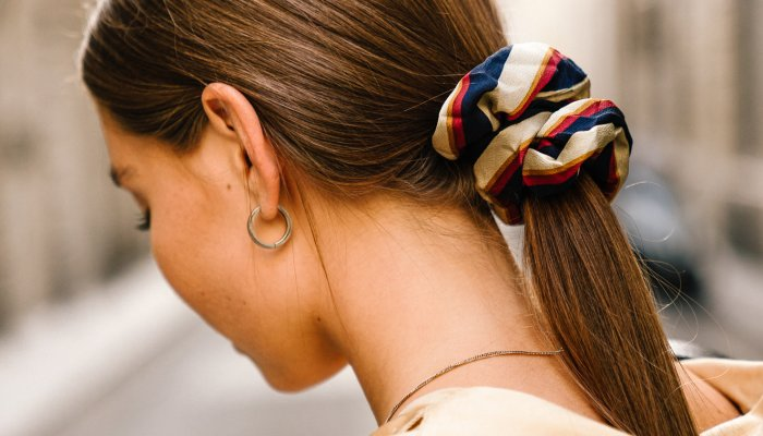 wait,-you're-supposed-to-wash-your-hair-ties?-here's-why-+-how-often