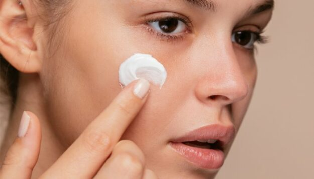 in-honor-of-national-clean-beauty-day:-the-7-all-time-best-beauty-tips