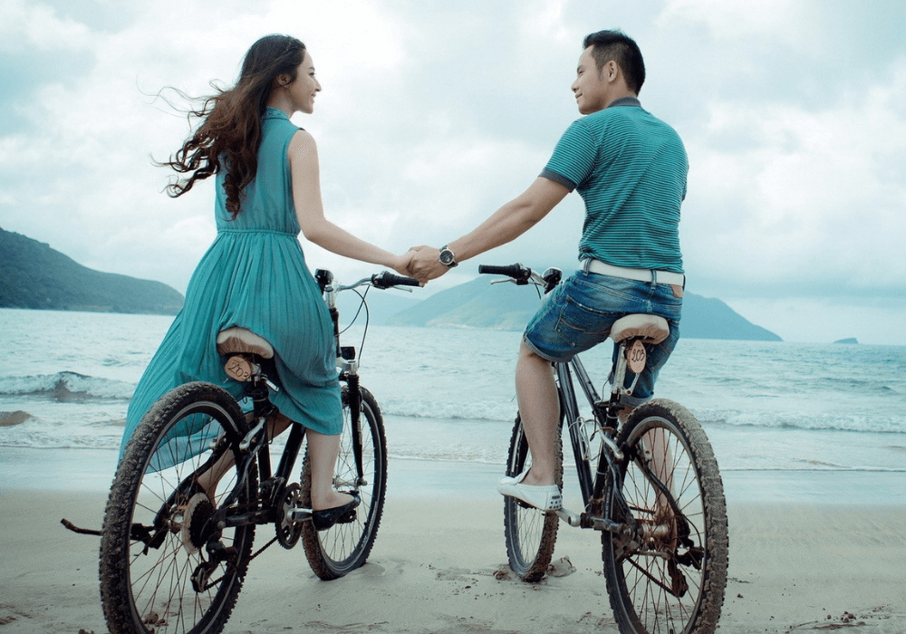 are-your-expectations-of-others-ruining-your-relationships?-11-ways-to-let-go-and-be-accepting