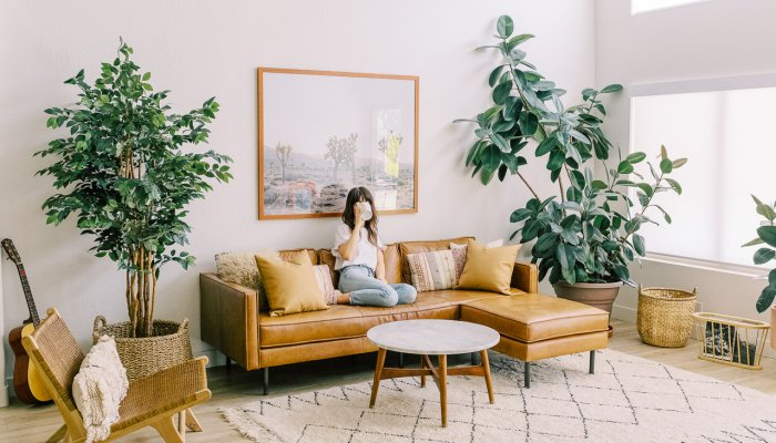 are-you-ready-to-live-alone?-what-to-consider-+-how-to-thrive