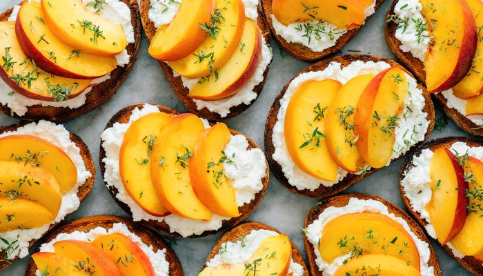 have-you-seen-the-popular-ricotta-toast-trend?-here's-how-to-make-it-dairy-free
