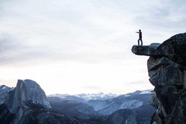 what-is-fear-based-motivation-and-does-it-work?