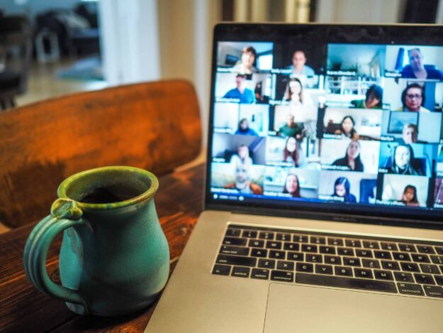 15-smart-video-conferencing-etiquette-tips-to-follow