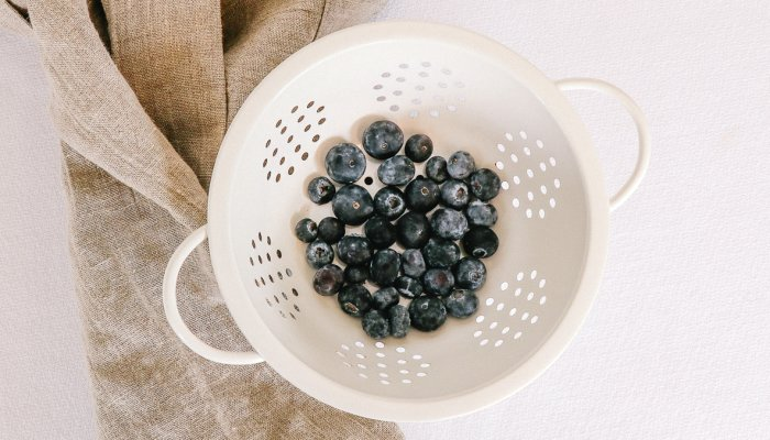 this-lesser-known-blueberry-alternative-could-help-promote-brain-&-heart-health