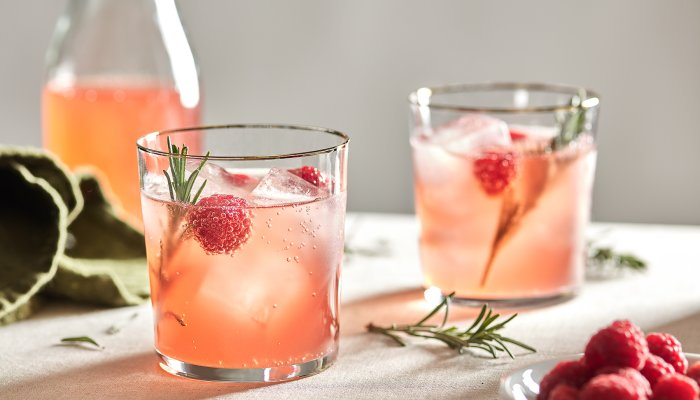 6-herbs-&-flowers-to-grow-at-home-for-bartender-level-cocktails