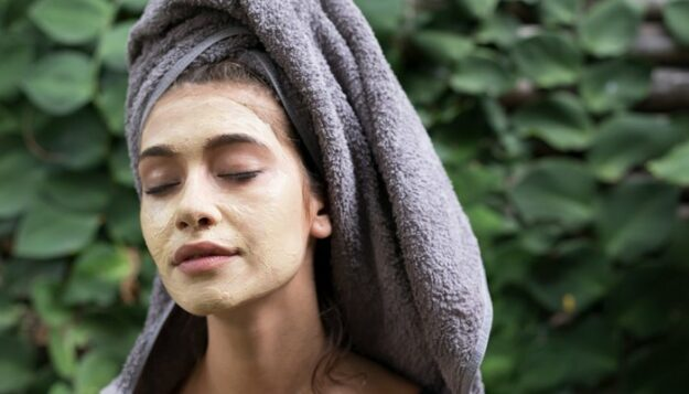 when-your-skin-is-irritated,-these-8-diy-oatmeal-masks-will-turn-things-around
