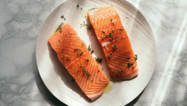 you-have-to-eat-this-much-salmon-to-get-enough-astaxanthin-(spoiler:-it's-a-lot)