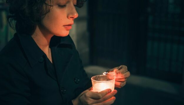 how-to-cope-with-grief-amid-20th-anniversary-of-9/11,-from-a-psychologist