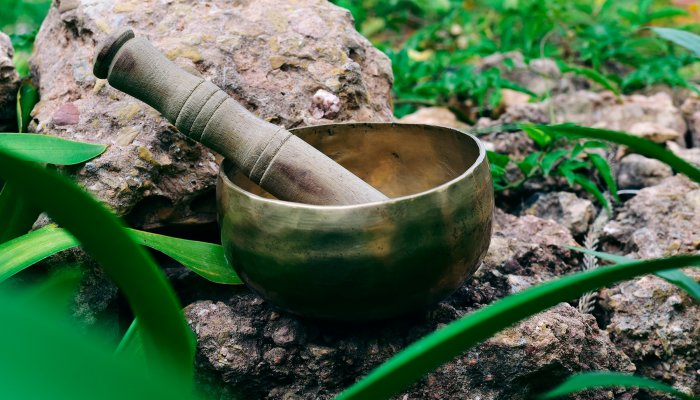 how-sound-baths-are-revolutionizing-healing-+-how-to-try-one-for-yourself